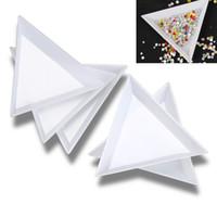 Schlussverkauf !!! 30 stücke Weiß Kunststoff Dreieck Runde Sortierschalen Nail Art Strassperlen Kristallwerkzeuge