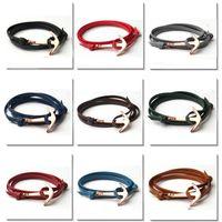 Bracelets en cuir unisexe en cuir multicouche Bracelet à breloques avec des bracelets en cuir d'alliage d'or ancre en cuir 9 couleurs