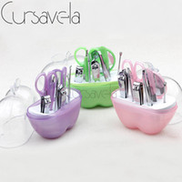 Venta al por mayor - Cursavela Apple Nail Tool Set Beauty Art Manicure Kit Caja de plástico con pequeño maquillaje con 9pcs Set Clipper Mirror Scissor Steel EC0114