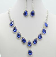 Big Crystal Water Drop Heatant Серьги Ожерелье Свадебные Свадебные Изделия Серебряные Риснетоновые Цепи Ожерелье Уилья Набор для подружки Невестые Ювелирные Изделия