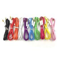 Bästa försäljningen Färgglada 3,5mm Audio Cable Flat Aux Car Audio-kabel för smartphone Mobiltelefoner för MP3 / MP4 för Tablet PC