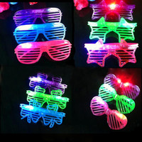 Party Glowing Glasses Luminoso Star Glitter a forma di cuore Scenografi Otturatori Occhiali Rave Costume luce nel buio Regali per feste