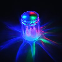 Hurtownie- 1 Sztuk LED Flashing Cup Shot Glass Luminous Cups Party Urodziny Halloween Chirstmas Bar Club Picie Cup