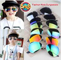 Nuovo 2017 Design Design Bambini Ragazze Ragazzi Occhiali da sole Per Bambini Forniture da spiaggia UV Eyewear Protezione UV Baby Moda Sunshades Glasses D008