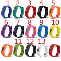 Garmin VivoFit3 VivoFit 3のための新しいソフトシリコーンの交換の腕時計のバンドストラップ3つのスマートウォッチ