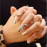 Dragonfly Nail Ring Exquisite Retro Queen Dragonfly Design Design Rhinestone Plum Snake Oro / Argento Anello Anello per unghie G454