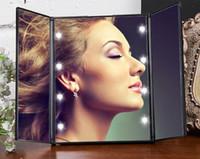 Hot New Three Color Make Up Specchio da viaggio pieghevole Tri-Folding Pocket portatile con 8 luci a LED Spedizione gratuita