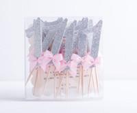 Al por mayor- 12pcs / lot brillo de oro número de color rosa cupcake topper número 1er cumpleaños Cake cupcake topper fiesta de bienvenida al bebé decoración de fiesta suministros