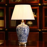 Lâmpadas de mesa de porcelana azul e branco LED pode ser escurecido China flor chinesa Cemaric candeeiro de mesa quarto casa cama lado leitura mesa luz