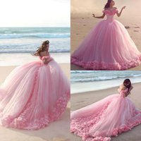 2017 New Baby Pink Sweet 16 Principessa Abiti Quinceanera Spalle Fiori Backless Ball Gown Basco Vita Lungo Prom Dresses BA3070