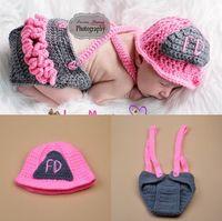Rosa bonito Bombeiros Projeto Infantil Do Bebê Unisex Foto Adereços Macio Crochê Chapéu Do Bebê e Fralda Conjunto para Fotografia Recém-nascidos Em Casa Outfits