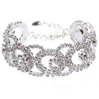 Crystal Bridal Wrist Corsage for Brides Bridesmaids 2017 Bling Bling Bridal Braccialetti con cristalli di strass argento Bridal Polsini