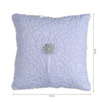 Elegante blanco hueco flora de cristal almohada Rhinestone Fiesta de boda Accesorios de anillo nupcial almohadas con cinta de calidad superior