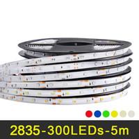 قطاع الصمام 2835 12V 5M 300LEDs RGB مرنة الصمام ضوء شرائط ماء دافئ أبيض أحمر أزرق أصفر أخضر