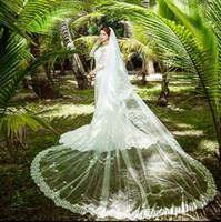 Romantique à deux couches voile de mariée longueur chapelle Tulle appliques de mariage Voiles Cut Edge voile de la mariée 300cm Largeur