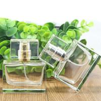 30 ml Pratik Parfüm Şişesi Cam Doldurulabilir Parfüm Şişesi Metal Sprey Automiser Ile Boş Ambalaj Durumda Makyaj Aracı ZA1616