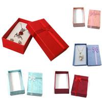 En gros 24 Pcs Mix Couleur Bijoux Affichage Cadeau Boîte Boucle D'oreille Organisateur De Stockage Cas Anneau Pendentif Papier Paquet Organisateur Boîte 8 * 5 * 2.5 CM
