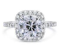 2.33 Ct Cushion Cut Verbesserte D / Si1 Halo Simulation Diamant-Verlobungsring 14K Weißgold