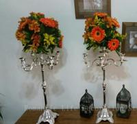 Yeni varış metal mum düğün ayağı / düğün geçit çiçek standı / düğün dekorasyon için düğün zemin centerpices olaylar