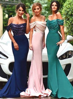 Muhteşem Off-omuz Mermaid / Trompet Nedime Elbisesi Sequins Ile Slim Pick Up Korse Düğün Parti Elbise Vestido de Renda Curto