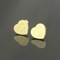 Sıcak Satmak Büyük Ünlü Marka 316L Titanyum Çelik Saplama Küpe Lüks Kalp Şekli Marka Kadınlar Charm Aşk Küpe Moda Takı Toptan