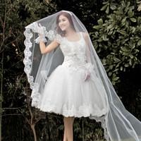 شحن مجاني الزفاف الحجاب الساخن بيع طبقة واحدة الدانتيل حافة طويلة أزياء العروس المرأة الزفاف الحجاب 2018