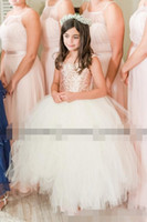 Robes de filles de blush magnifique paillettes d'or rose mariage Party Flower 2019 capuchon manches boule de robe de bal petite fille tutu robe formelle