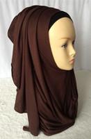 Großhandels-Neue Farben Baumwolle Jersey Instant Schal Slip On Instant Amira Stil unterwegs Hijab Scarf Curve Edges