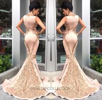 2017 Sereia Vestidos de Noite Sexy Profundo Decote Em V de Ouro Applique Cetim Trem De Varredura Robe De Soirée Vestidos de Noite Formal Celebridade Vestidos de Pista