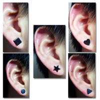 Women Men Magnet Stud Earrings 8MM Silica Gel Black Star Hea...