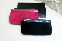 2017 مع نمط الكلاسيكية روز الأسود 2 لون حقيبة اليد حقيبة ماكياج حقيبة المخملية الشهيرة مع هدية مربع