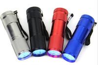 9 LED Mini Lanterna 4 cores Mini lanterna de alumínio com cordão, pilhas não incluídas