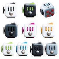 Desk Finger Toys Mini Fidget Cube Toy Vinyl Squeeze Fun Stre...