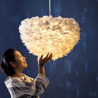 الجملة الأبيض فيتا ريشة قلادة ضوء قلادة مصباح الدافئة الإبداعية شخصية الصمام سوبر مشرق غرفة نوم أضواء مطعم غرفة الزفاف