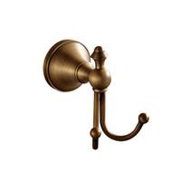 O envio gratuito de Acessórios Do Banheiro Europeu preto Antigo Bronze Robe Hook montado na parede com cabides duplos para armazenamento de toalha de banho