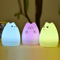 Moda Cat Light Multicolor Variabile Luce Notturna in Silicone Cute Kitten LED touch Pet Lampada per comodino Home Office Kids Soft Light