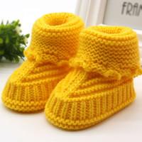 لطيف اليدوية الوليد الطفل الرضيع بنين بنات الكروشيه متماسكة الجوارب عارضة أحذية سرير F28 حذاء طفل
