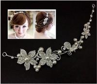Горячее надувательство цветок венчания Кристалл Pearls Tiara Корона Свадебные волосы расческой Головной убор для невесты партии ювелирных аксессуаров Белый Красный