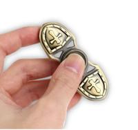 Spinner Fidget Toy Hand Spinner Toy EDC تساعد على التركيز ، الإجهاد ، القلق ، الضجر ، تململ ألعاب الصليب المعادن النمر الصليبي