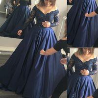 Marine-Blau-Satin afrikanische Abendkleider weg von der Schulter Appliqued Spitze-lange Hülsen-formalen Partei-Kleider Sexy arabische Abschlussball-Kleid Vestido de fiesta