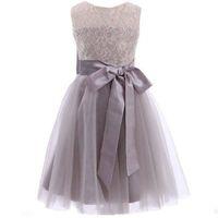 Princesa Long Grey Vestidos de niña de flores Nuevo Tulle Kid Longitud del piso Concurso Fiesta de bodas Encaje Dop Sash Arcos Hollow Formal Imagen real