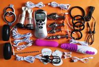 CALIENTE BDSM Bondage Kit Electro pulso de la descarga eléctrica del pene terapia física Anillo pene dentro de la vagina juguetes adultos del sexo Juegos
