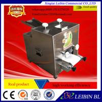 1 STÜCK 110/220 V Gute qualität heißer verkauf Business automatische 1000-6000 / h knödel haut Knödel Formen Edelstahl Knödel wickelmaschine