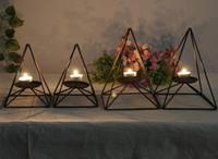 Gestickte Farbe und Schwarz Stil Einfache Kleine Frische Van Moderne Eisen Kunst Dekoration Mode Schwarz Restaurant Kerzenhalter Kerze Romantische Dezember