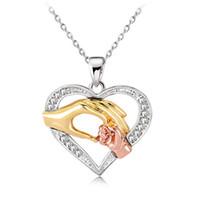 جديد موضة 18 كيلو الذهب والفضة أمي الطفل يدا بيد الحب القلب قلادة قلادة مع الكريستال حجر الراين هدية المجوهرات بالجملة