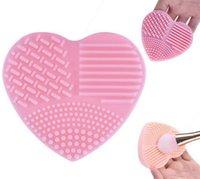 Kalp Şekli Temiz makyaj Fırçalar Yıkama Fırçası Silika Eldiven Scrubber Kurulu Kozmetik Temizleme Araçları makyaj için fırçalar