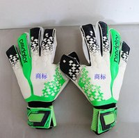 2017 New Professional Thicken Latex Football Goalkeeper Glov...