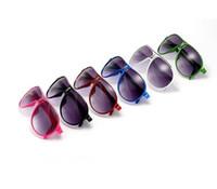 Kids Sunglasses Bebê Meninos Meninas Moda Marca Designer Sunglasses Crianças Sun Óculos Praia Brinquedos UV400 Óculos de Sol 10 pçs / lote Frete Grátis