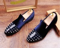 2017 Hommes Cloutés Rivet Spike Mocassins Velours Mocassins Chaussures Italie Mlae Homecoming Prom Party Pageant Chaussures De Mariage Mocassins