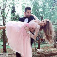 블러쉬 핑크는 Mhamad 댄스 파티 드레스 V-Neck 레이스 Appiques 새시 환상 긴 소매 정장 파티 드레스 2017 Tulle Tea Length Bridesmaid Dress